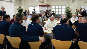 Vatican Pope For Lunch-2