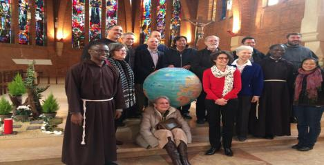globe and Franciscans